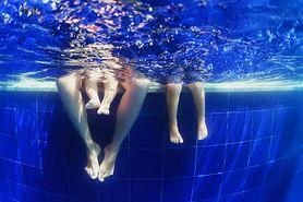 Dzieciom wstęp wzbroniony. Kontrowersyjny zakaz na basenie