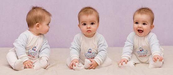 Skóra niemowląt jest bardzo wrażliwa i wymaga starannej pielęgnacji. Podpowiadamy, jakie kosmetyki wybrać dla swojego maluszka, aby zapewnić mu odpowiednią ochronę