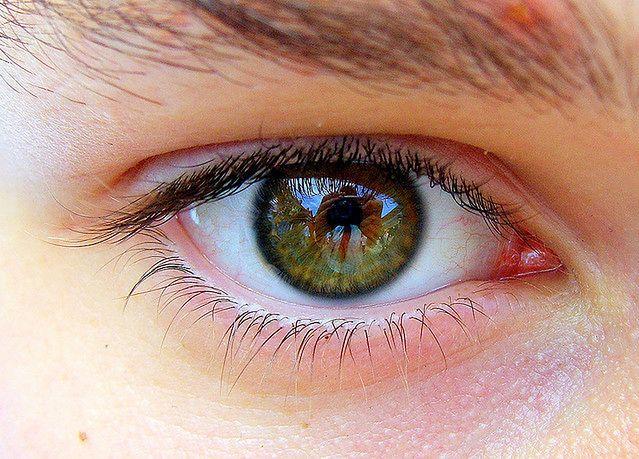 Redukuje zmęczenie oczu