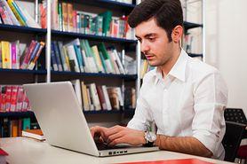 Poznaj 10 powodów, dla których warto umówić się z informatykiem