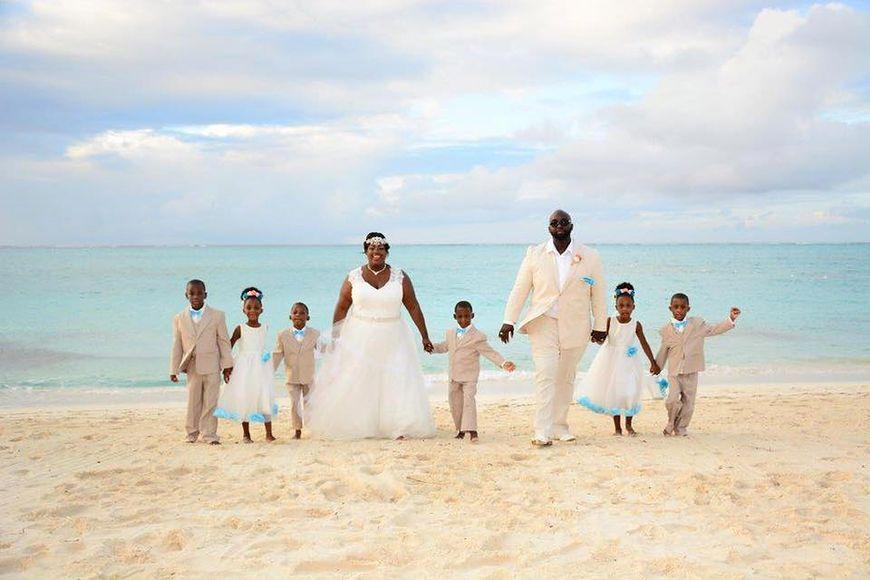 W 2017 roku rodzice sześcioraczków odnowili przysięgę małżeńską