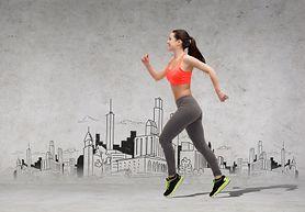 Przygotuj się do joggingu. Sprawdź, jakie błędy najczęściej popełniają biegacze