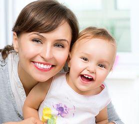 W jaki sposób pielęgnować pierwsze ząbki dziecka?