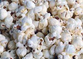 Toksyczne związki wykryte w popularnym popcornie - ziarno kukurydzy do prażenia. GIS ostrzega