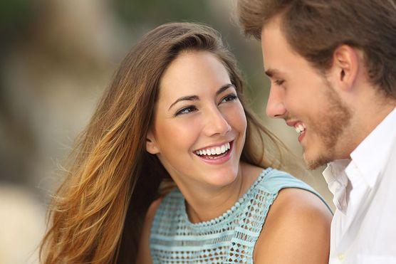 Stres, niewyspanie, nieporozumienia, podział obowiązków, zazdrość, seks i wsparcie, czyli jak pielęgnować relacje z partnerem po pojawieniu się Maluszka?