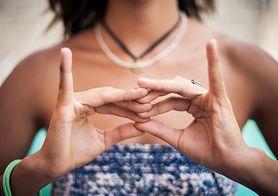 Układy energetyczne dłoni – poznaj ich lecznicze właściwości!