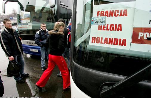 """""""Polskie oszustwo"""" w Holandii. System zachęca do wypychania pracowników na bezrobocie"""