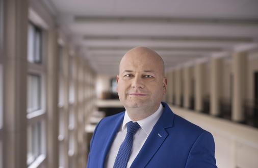 Polska zbrojeniówka dostaje na zakręcie nowego kierowcę. Eksport szoruje po dnie, a zamówienia z MON uciekają
