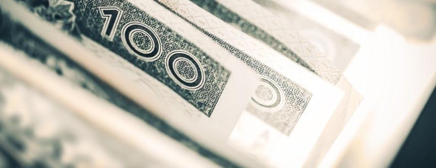 Jak bezpiecznie pożyczać pieniądze? Poradnik