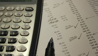 Ten rok zakończy się upadłością dla prawie 600 firm. Tendencja lekko spadkowa