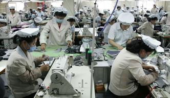 Chiny. 10 zaskakujących danych na temat największej fabryki świata