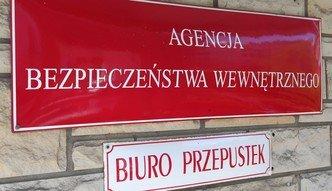 """Rzecznik koordynatora służb wydał oświadczenie. """"Służby nie podejmowały próby zatrzymania Czarneckiego"""""""