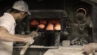 Drogi chleb powszedni. Piekarze podnoszą ceny, przedsiębiorcy już dostają wyższe faktury