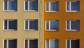 Można przepłacić nawet 75 tys. zł. Sprawdź, ile naprawdę kosztują mieszkania w Polsce