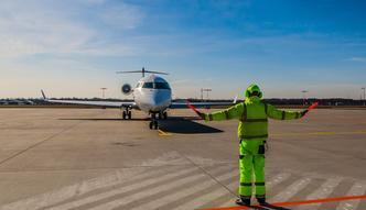 Kolejne kłopoty lotniska w Radomiu. Szykuje się półroczne opóźnienie