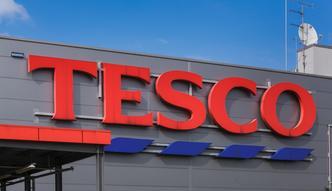 Znany kucharz na ratunek Tesco. Jamie Oliver będzie uczył zdrowego żywienia