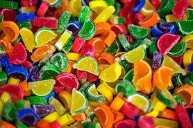 Konserwanty w żywności - popularne konserwanty, barwniki naturalne i syntetyczne, inne substancje dodawane do żywności