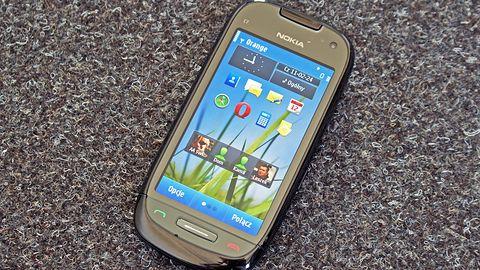 Nokia C7 - prawie jak iPhone?
