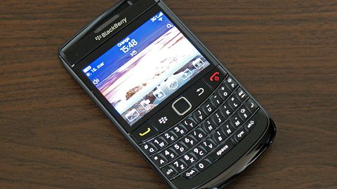 BlackBerry Bold 9780 - QWERTY bez pasa cnoty