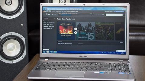 Samsung 550P5C – Multimedialny notebook sygnowany znakiem JBL