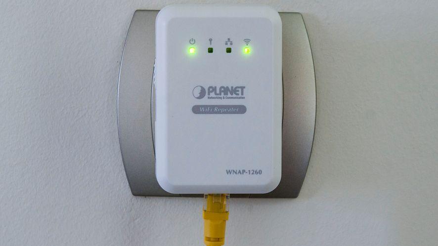Zrób sobie WiFi z repeaterem Planet WNAP-1260