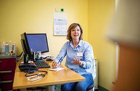 Koronawirus w Polsce. Lekarze buntują się przeciwko pomysłom Ministerstwa Zdrowia. Dr Jacek Krajewski: Strategia walki z COVID-19 jest nierealna