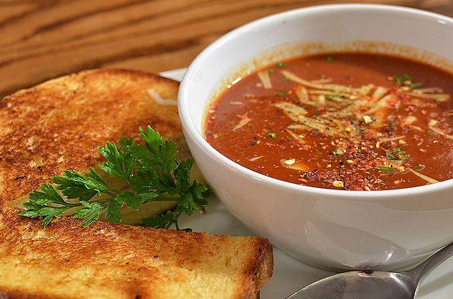 Łatwa zupa pomidorowa