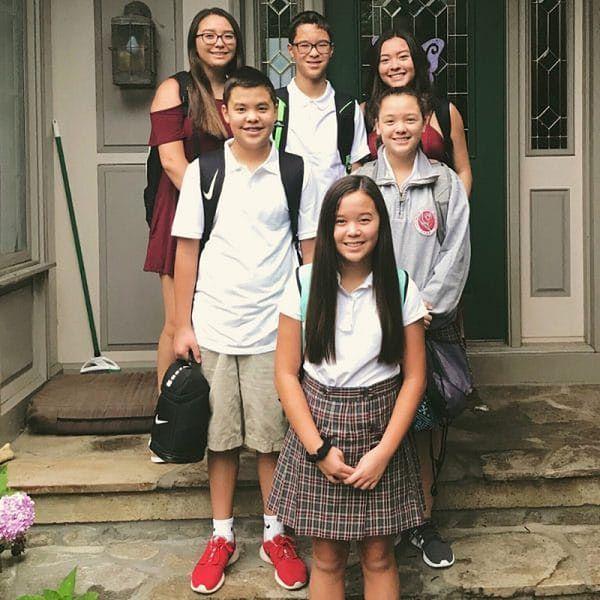 www.instagram.com/kateplusmy8  Dziś sześcioraczki są już nastolatkami