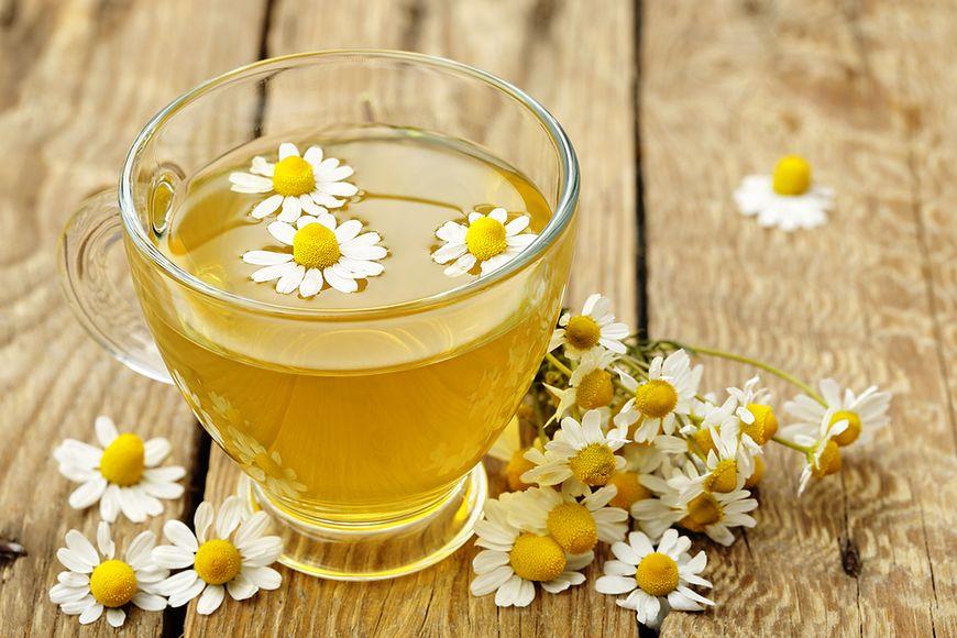 Herbata rumiankowa i awokado