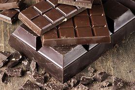Biały nalot na czekoladzie. Czy mamy się czego obawiać?
