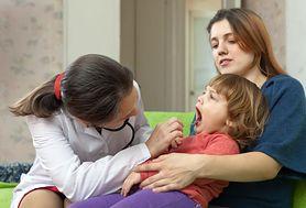 Angina u dzieci – przyczyny, objawy, leczenie