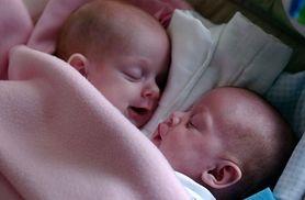 13 lat temu urodziły się połączone. Co słychać u bliźniaczek syjamskich?