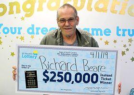 Umiera na raka wątroby. Właśnie wygrał 250 tys. dolarów