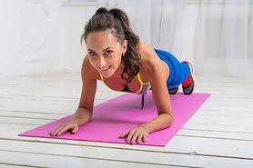 Paski brzuch w 28 dni – ćwiczenia, dieta, cardio