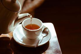 Picie gorących napojów znacznie zwiększa ryzyko raka przełyku. Badania