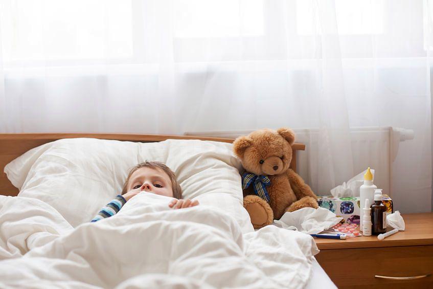 Antybiotykiem można leczyć każde przeziębienie - fałsz