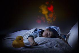 """""""Ach, śpij kochanie"""" i inne kołysanki. Dlaczego warto je śpiewać dzieciom?"""