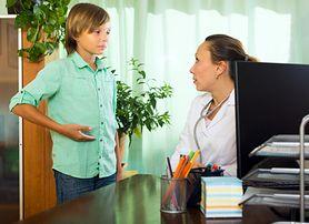 Ból brzucha u dziecka. Przyczyny, leczenie i pierwsza pomoc