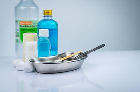 Nadtlenek wodoru, czyli woda utleniona - właściwości, zastosowanie w medycynie i kosmetyce
