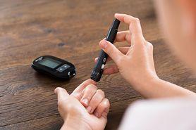 Co oznacza niski poziom cukru we krwi?
