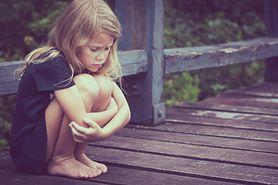 Dziewczynka, która płakała nad ciałem swojego oprawcy. Historia porwania Nataschy Kampusch (WIDEO)