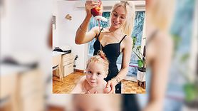 Myje włosy córce ketchupem. Zobacz dlaczego (WIDEO)