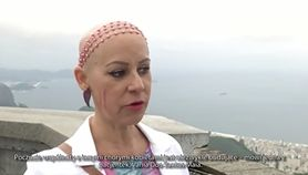 Różowy Chrystus ma skłonić kobiety do badań piersi (WIDEO)