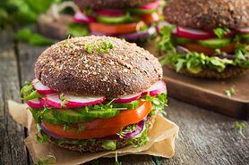 Poznaj przepisy na zdrowe domowe burgery