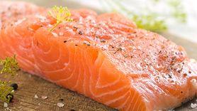 Wiemy, ile ryb rocznie zjadają Polacy. To stanowczo za mało (WIDEO)