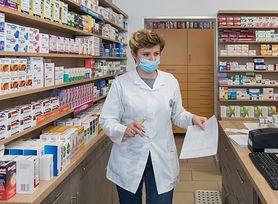 Leki przeciwzakrzepowe zmniejszają ryzyko zgonu w ciężkich przypadkach COVID-19. Odkrycie Brytyjczyków