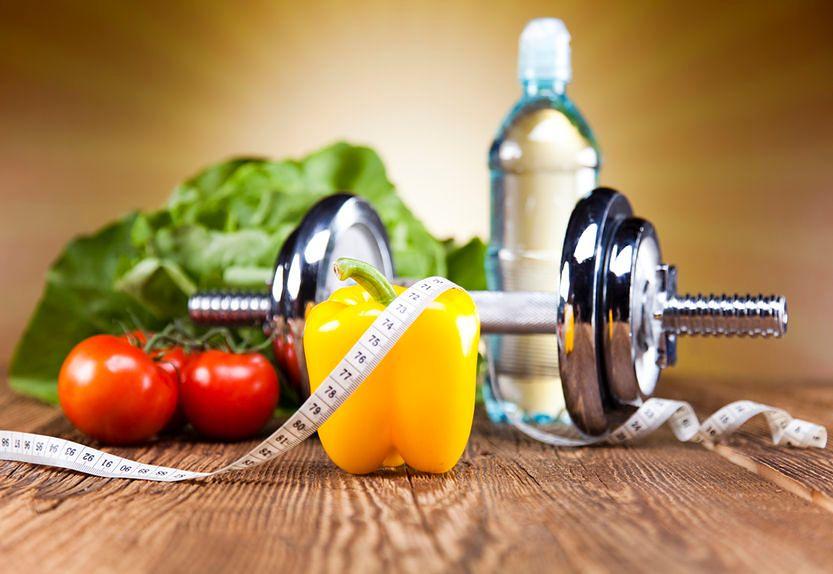 Zdrowa żywność i aktywność fizyczna mogą być pomocne w zwalczaniu złogów tłuszczowych