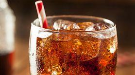 Specjaliści ostrzegają: picie 2 puszek napojów gazowanych w tygodniu zwiększa ryzyko zachorowania na cukrzycę, choroby serca oraz nadciśnienie