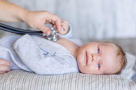 Chrypka u niemowląt - przyczyny, kiedy iść do lekarza