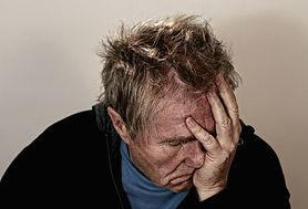 Klasterowy ból głowy - objawy, leczenie